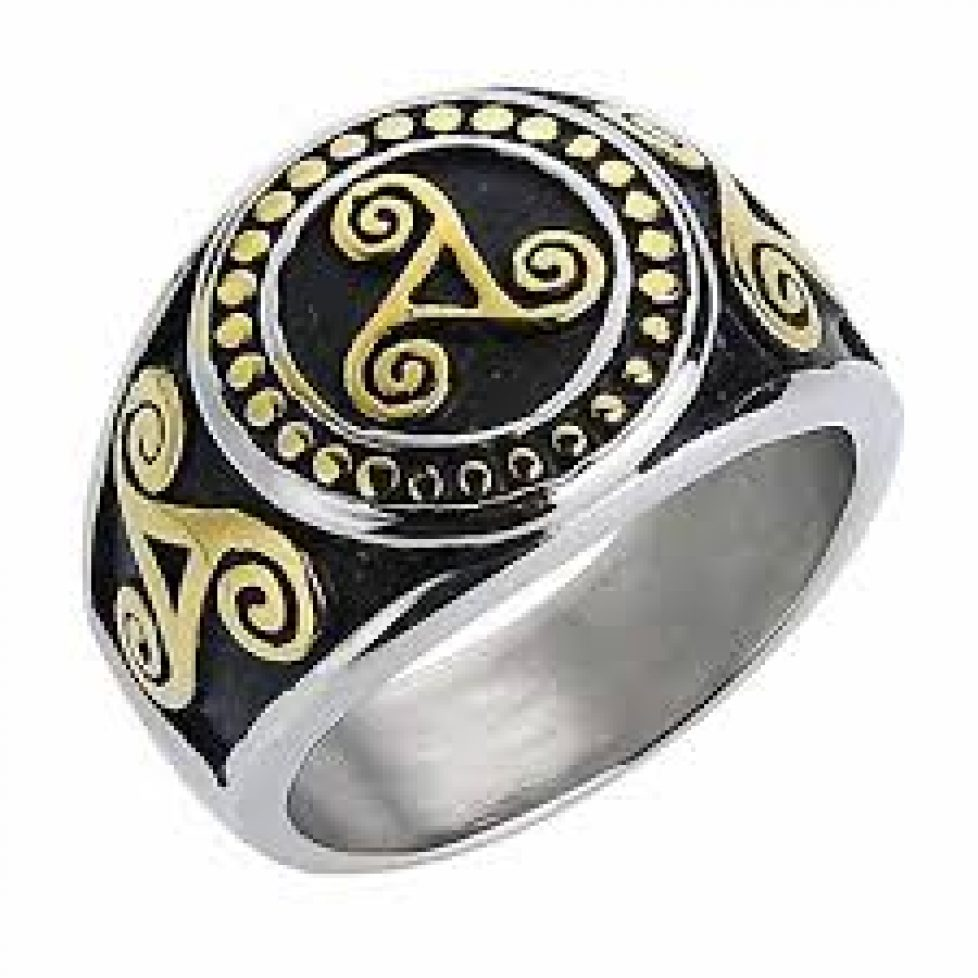 Over come your financial problems using magic ring spells from Adam healer